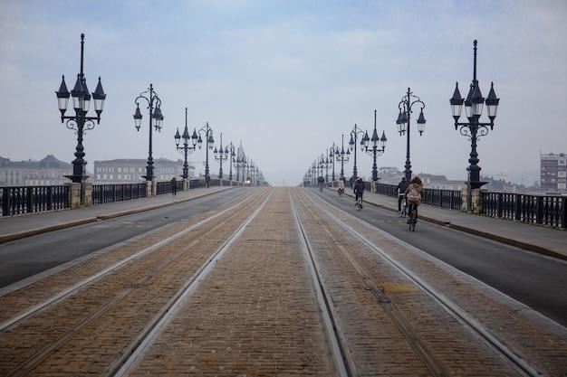 Il ponte di pietra di bordeaux.