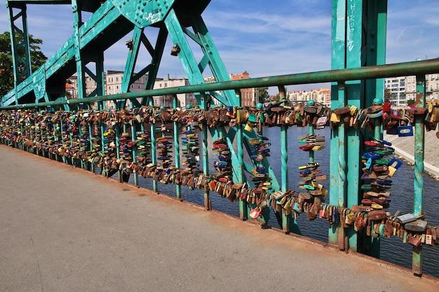 Il ponte nella città di wroclaw in polonia