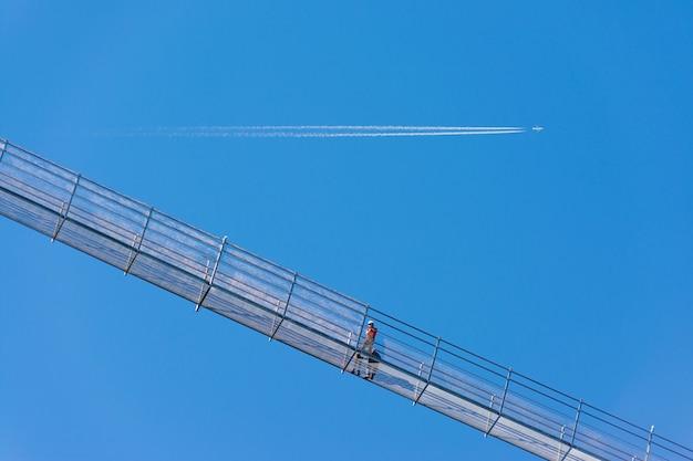 Il ponte sospeso pedonale chiamato highline 179 a reutte, lungo 406 metri, in austria