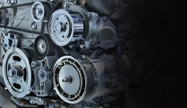 Il potente motore di un'auto. design interno del motore per lo spazio della copia, in bianco e nero