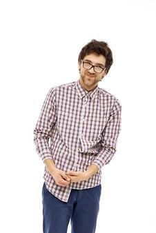 Il simpatico ragazzo geek si presenta timido
