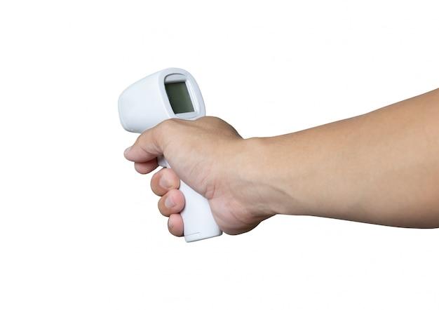 Il termometro a infrarossi misura la febbre covid-19 malattia contagiosa tenere a portata di mano il tracciato di ritaglio di sfondo bianco