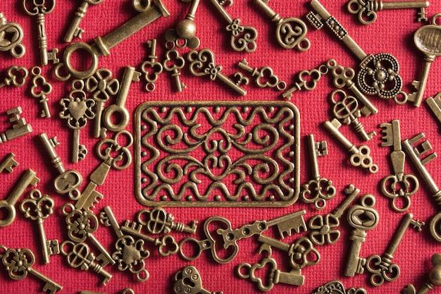 Il vecchio fondo d'annata di chiavi del metallo di steampunk