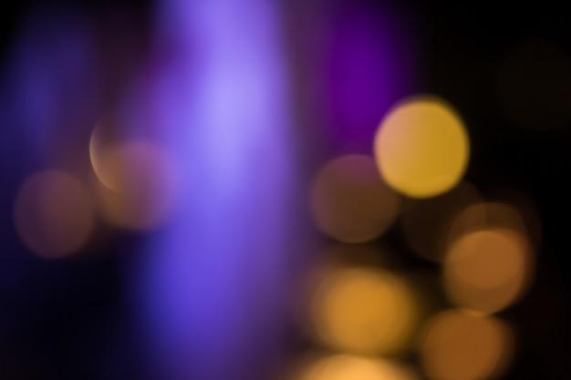Illuminazione circolare astratta del bokeh nella notte
