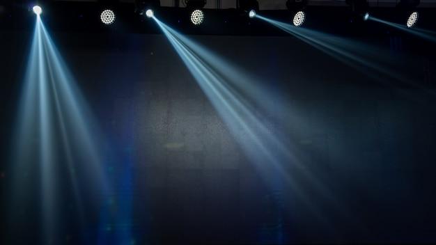 Illuminazione di concerti nella sala da concerto