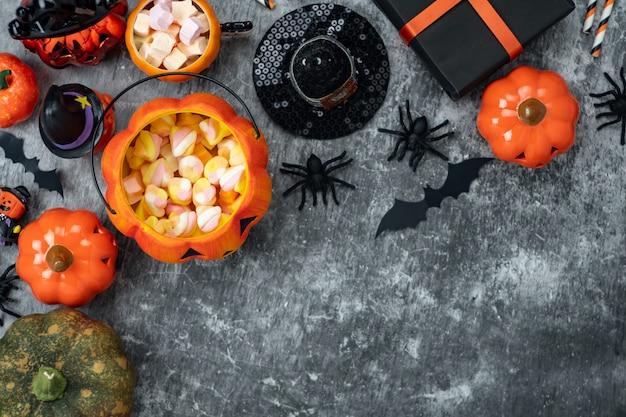 Immagine aerea di vista del piano d'appoggio del fondo felice di giorno di halloween della decorazione