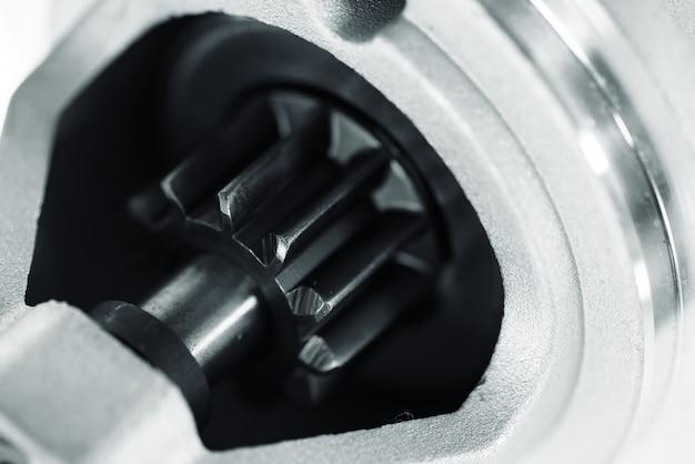 Immagine di sfondo di ricambi auto con il primo piano del rotore.