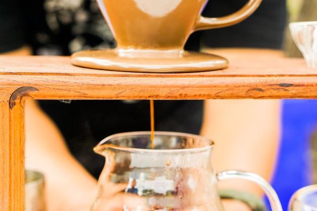 Immergere il caffè per set di caffè fresco.