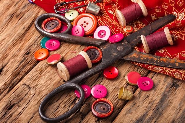 Impostare gli accessori per il cucito