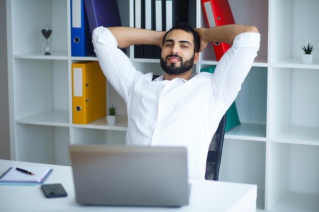 Imprenditore autonomo che lavora da casa
