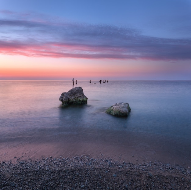 Incredibile alba al mare