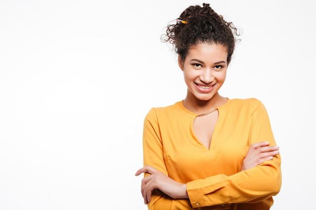 Incredibile giovane signora africana riccia