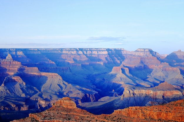Incredibile immagine dell'alba del grand canyon presa da mather point