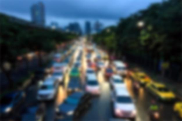 Ingorgo stradale confuso della priorità bassa a bangkok