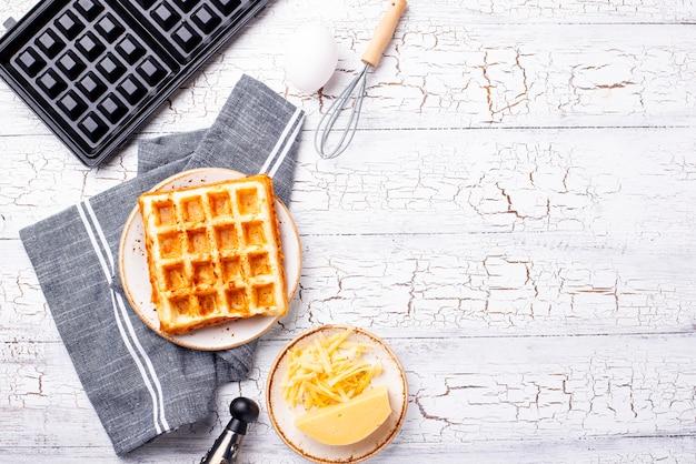 Ingrediente per la cottura di waffle al formaggio
