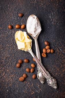 Ingredienti per cucinare caffè antiproiettile.