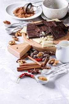 Ingredienti per la cioccolata calda