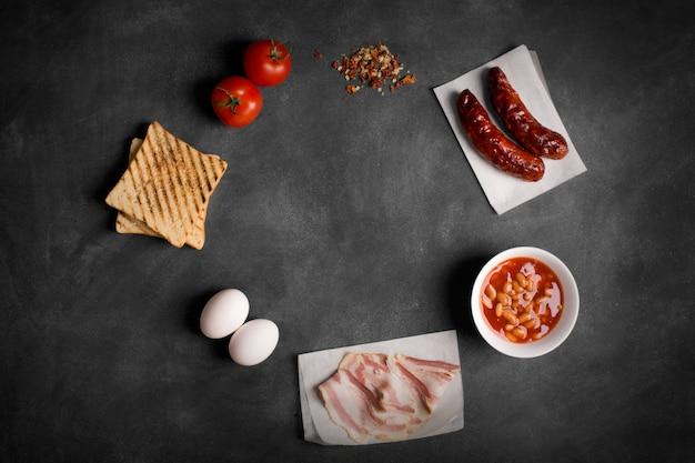 Ingredienti per la colazione inglese