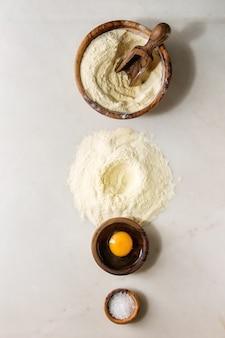 Ingredienti per la cottura della pasta fatta in casa