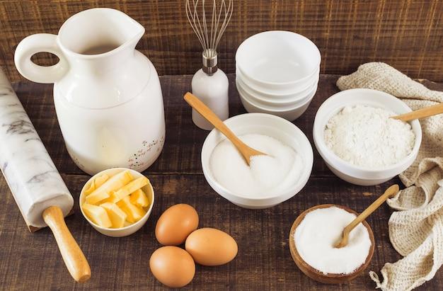 Ingredienti per la preparazione della pasticceria