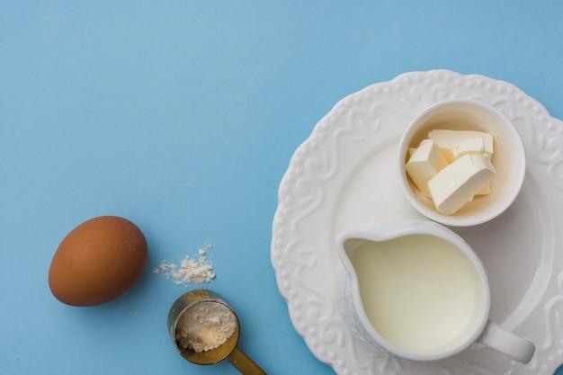 Ingredienti sani in posa piatta