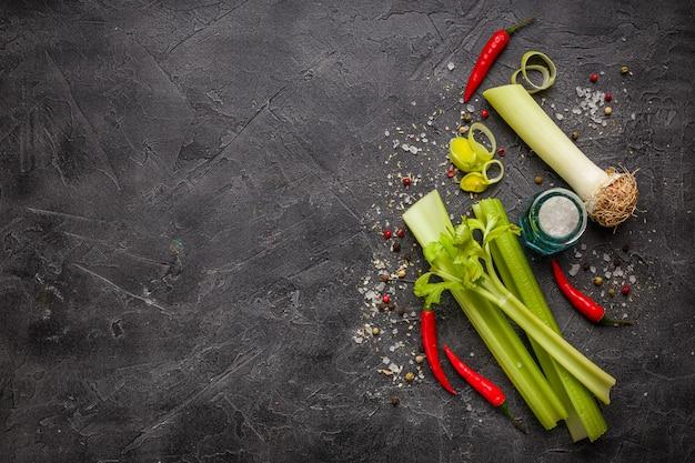 Ingredienti vegetali freschi