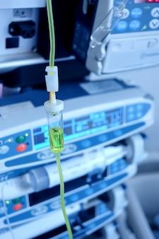 Iniezione intravenosa in ospedale