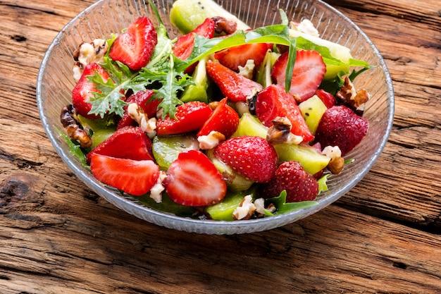 Insalata di fragole fresche