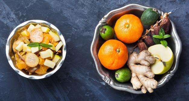 Insalata di frutta detox di natale
