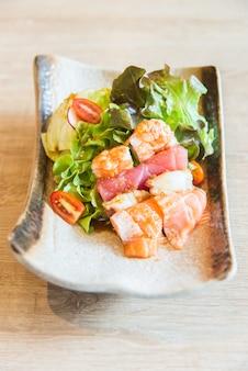 Insalata di sashimi
