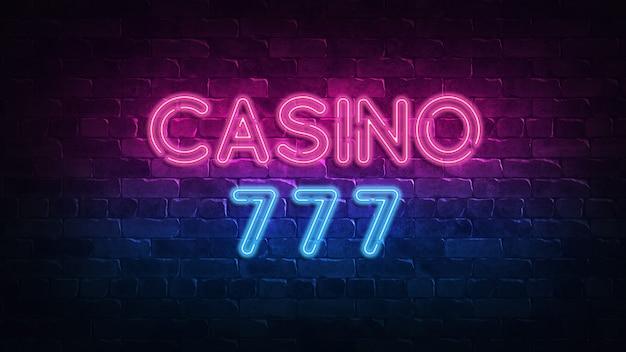 Insegna al neon del casinò 777. insegna al neon.