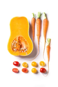 Insieme di verdure rosse, arancioni e gialle