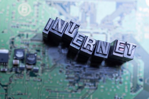 Internet, social media e icona di progettazione sito web blog