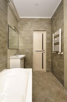 Interno del bagno moderno