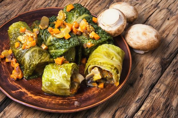 Involtini di cavolo con verdure