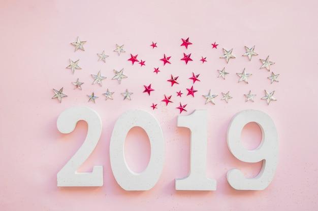 Iscrizione 2019 con lustrini a stella