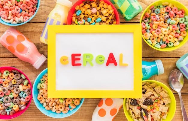 Iscrizione di cereali su cornice gialla