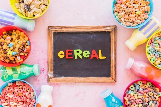 Iscrizione di cereali sulla lavagna