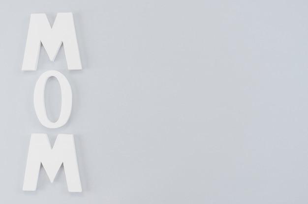 Iscrizione verticale per la festa della mamma