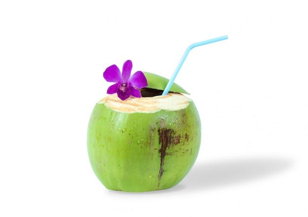 Isolato assetato del cocktail della bevanda benvenuta fresca fresca della bevanda del succo della noce di cocco