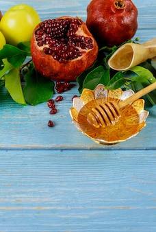 Jewish rosh hashanah o concetto di capodanno. cibo tradizionale.