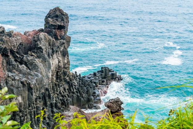 Jungmun daepo coast jusangjeolli cliff, isola di jeju