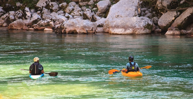 Kayak sul fiume soca, in slovenia