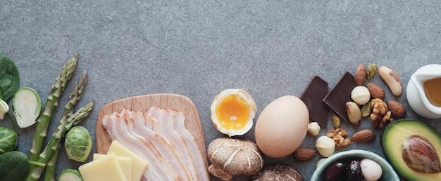 Keto, dieta chetogenica, basso contenuto di carboidrati, cibo sano