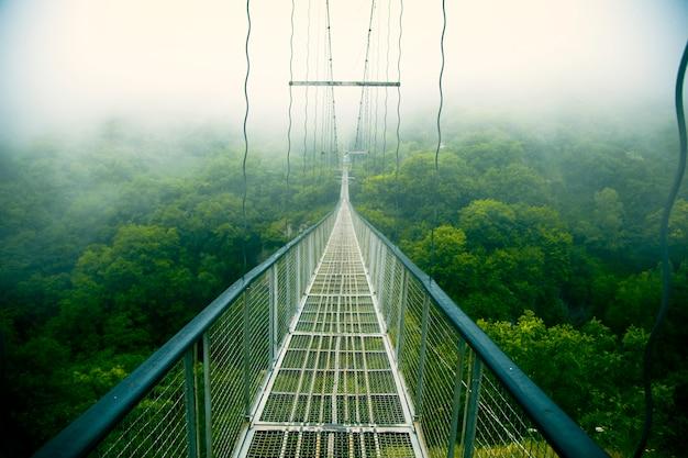 Khndzoresk bellissimo ponte girevole