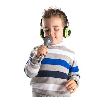 Kid cantando