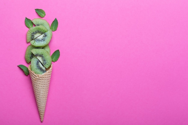 Kiwi con cono gelato