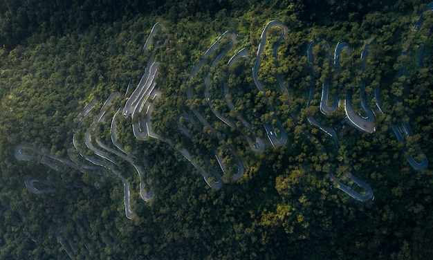 Kolli hills kollimalai settanta tornanti situati nel centro di tamil nadu, india