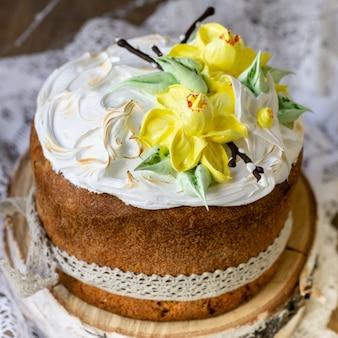 Kulich della torta di pasqua