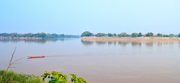 L'acqua nel fiume mekong